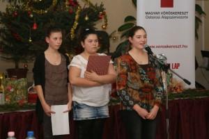 voroskereszt-karacsony2014010